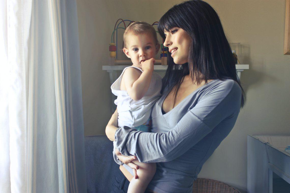 De mooiste draagzakken voor moeders